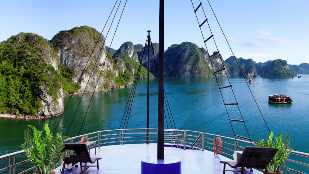 HA LONG BAY 1 DAY TRIP
