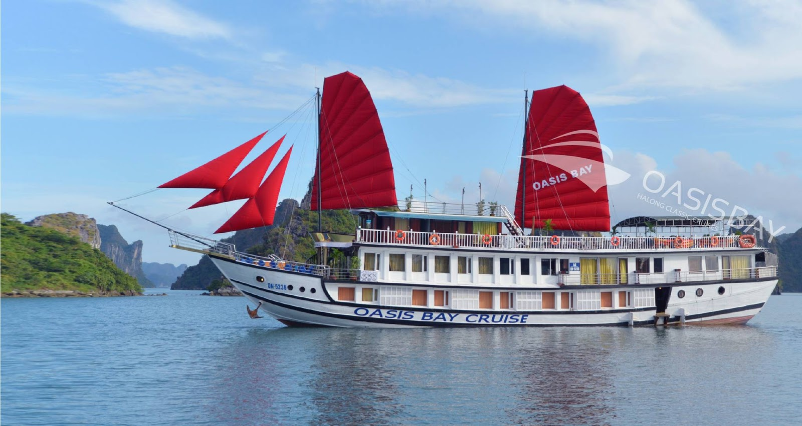Ha Long bay 2 days - 1 night experience on Osis bay cruise.